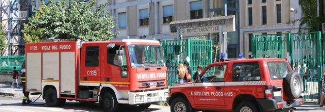 Incendio all'Istituto 'Bosco Lucarelli' di Benevento