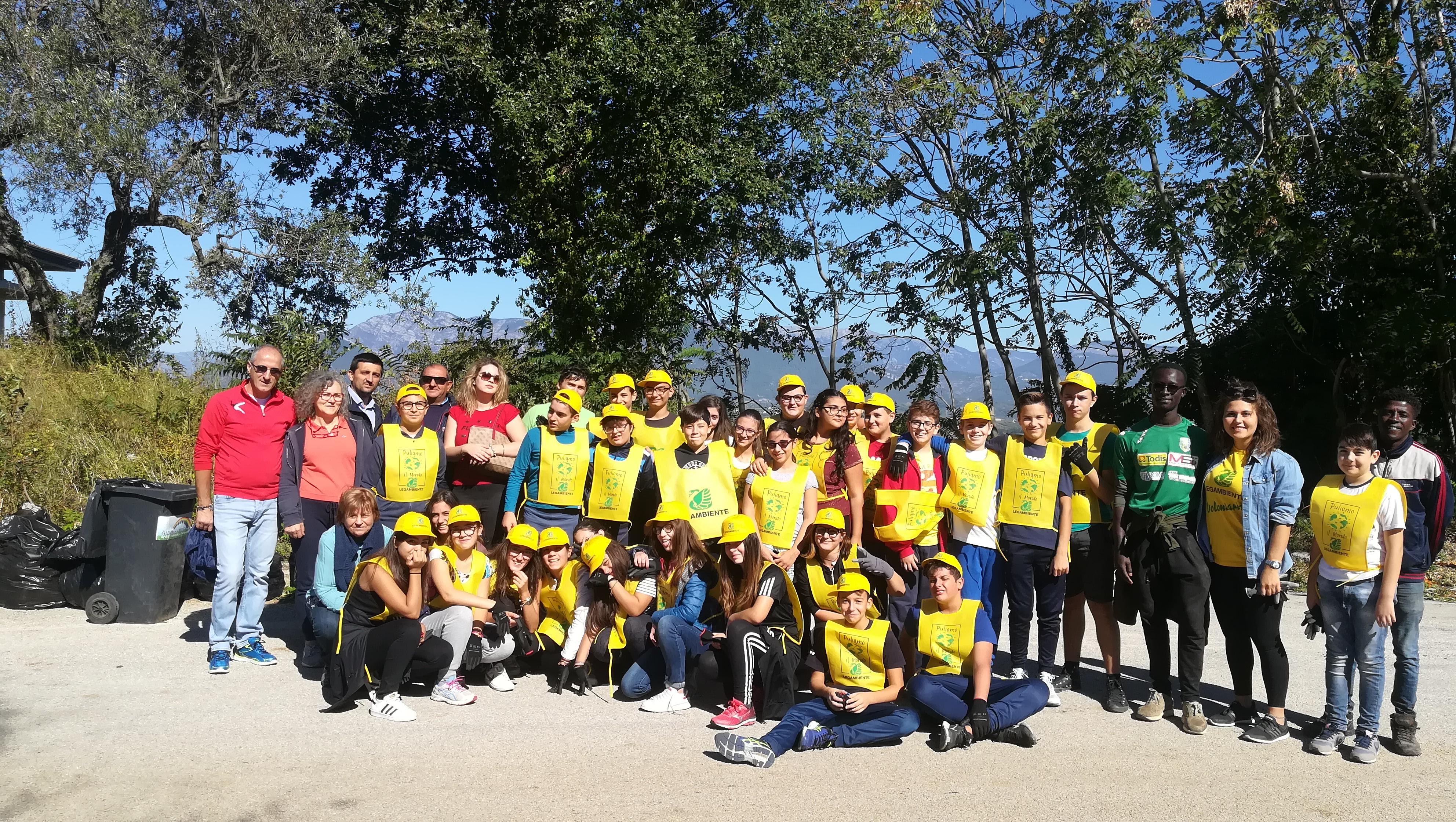 Solopaca, il volontariato ambientale torna in piazza con l'operazione 'Puliamo il mondo dai pregiudizi'