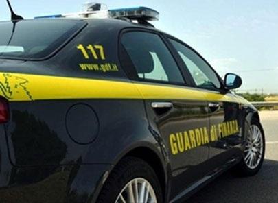 Benevento, dipendente comunale accusato di peculato e truffa. Duplicava ricevute tributi per trasporto funebre