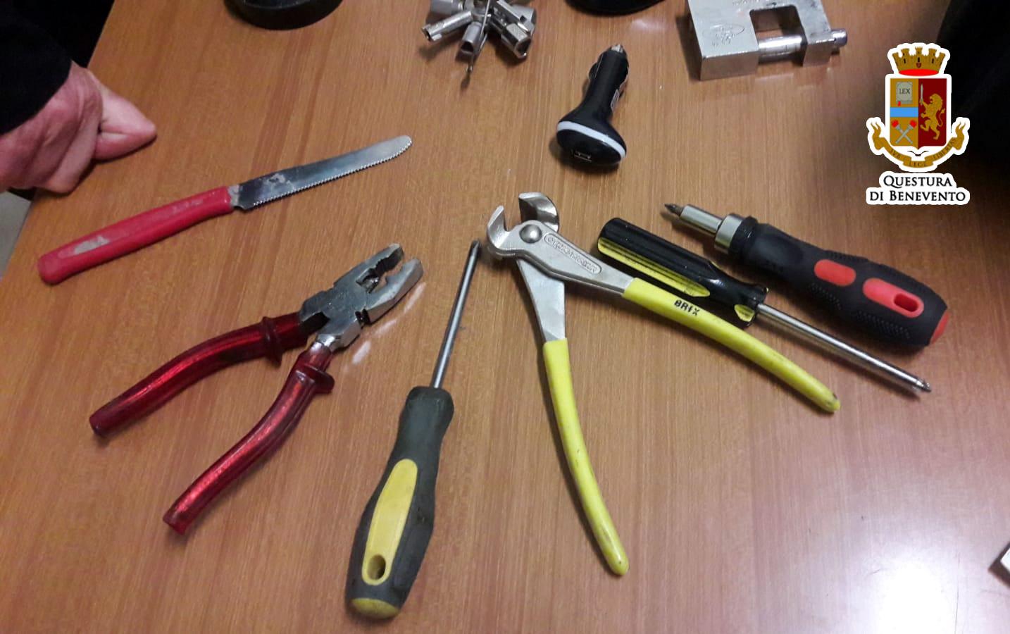 Telese, pregiudicato napoletano denunciato per possesso di oggetti atti allo scasso