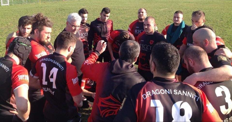 Rugby, I Dragoni cadono sul campo del Catania, ma la speranza della B è ancora viva
