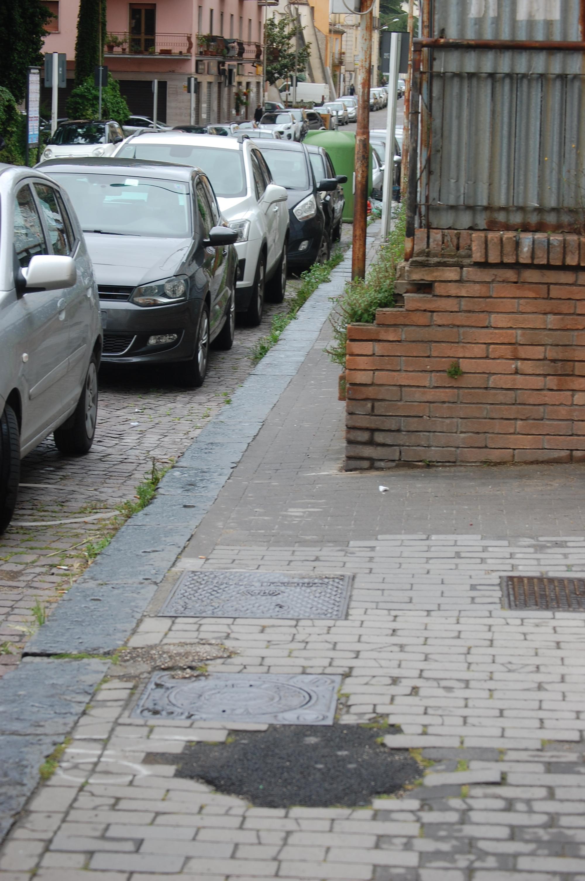 """Ekoclub: """"Benevento, piazza Santa Maria: 74 anni di degrado"""""""
