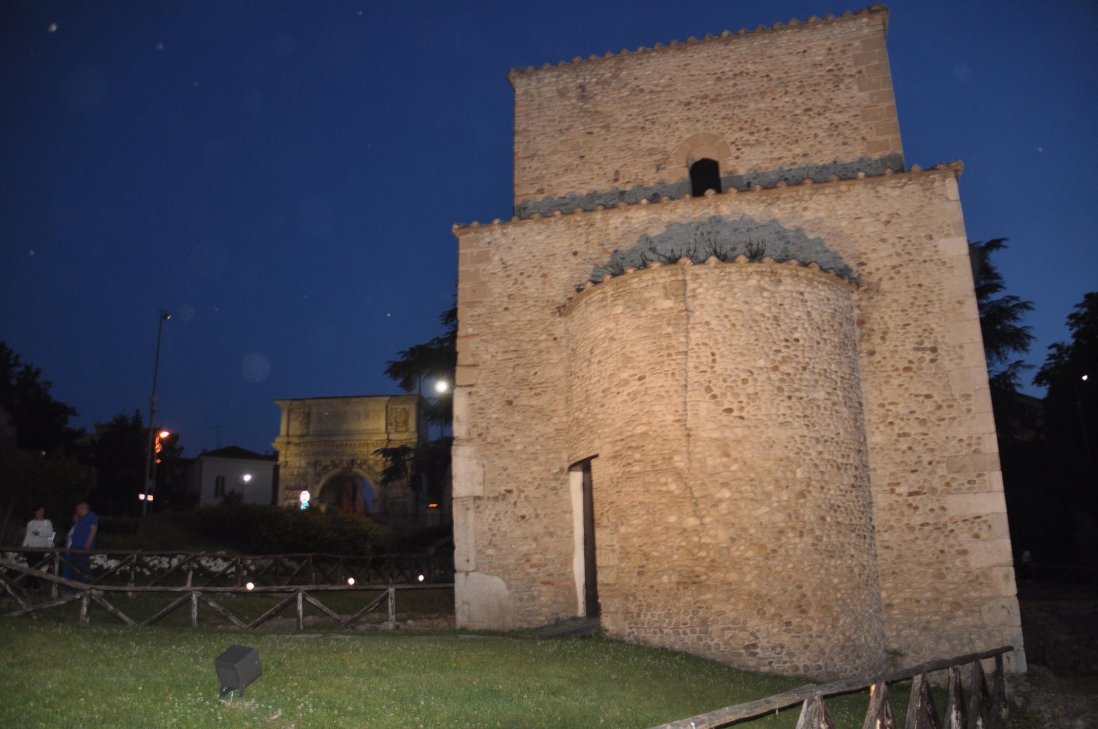 Inaugurata la nuova illuminazione artistica della chiesa di Sant'Ilario di Benevento