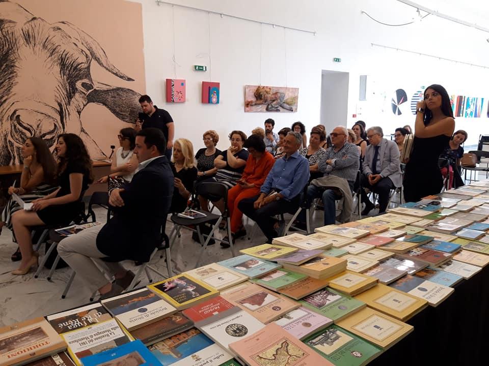 Anteprima StregArti, chiusura con donazione di 100 libri alla biblioteca comunale di Benevento