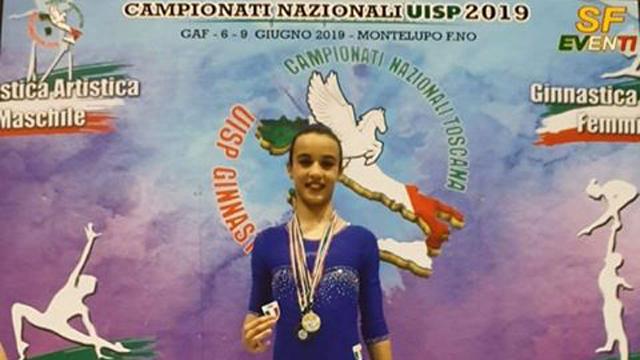 Puglianello conferisce onoreficenza a Lucia Cice, campionessa nazionale Uisp 2019 alle parallele