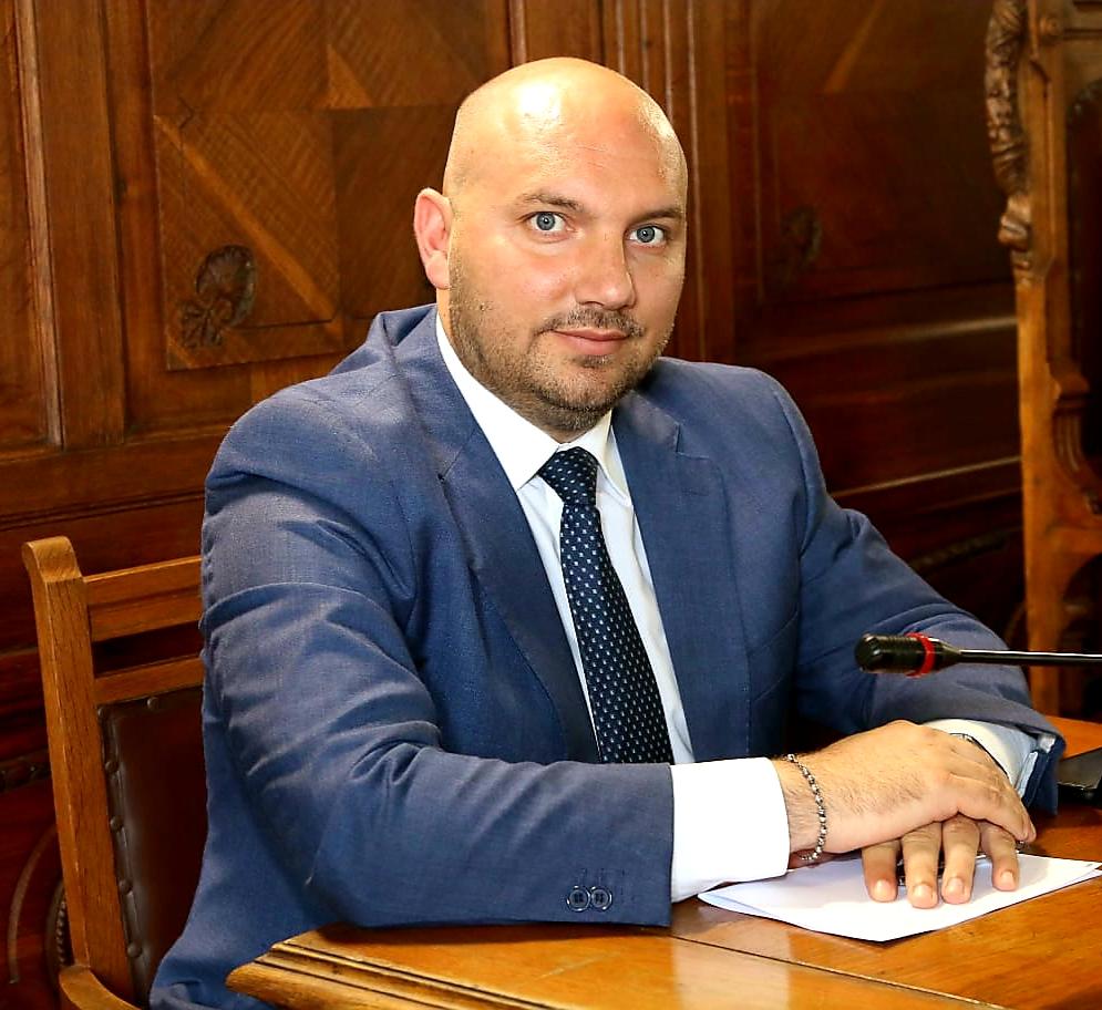 """Fondi Poc Eventi, Parisi: """"Salernocentrismo penalizza il territorio. Magistratura verifichi idoneità dei criteri"""""""