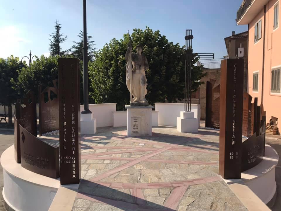 Castelpoto, inaugurato il monumento in onore dei caduti