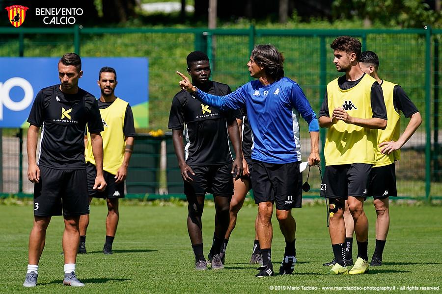 Benevento: d'obbligo cambiamenti e Inzaghi deve scegliere un modulo diverso dall'attuale 4-4-2. Difesa e Montipò sotto accusa, ma è solo colpa loro?