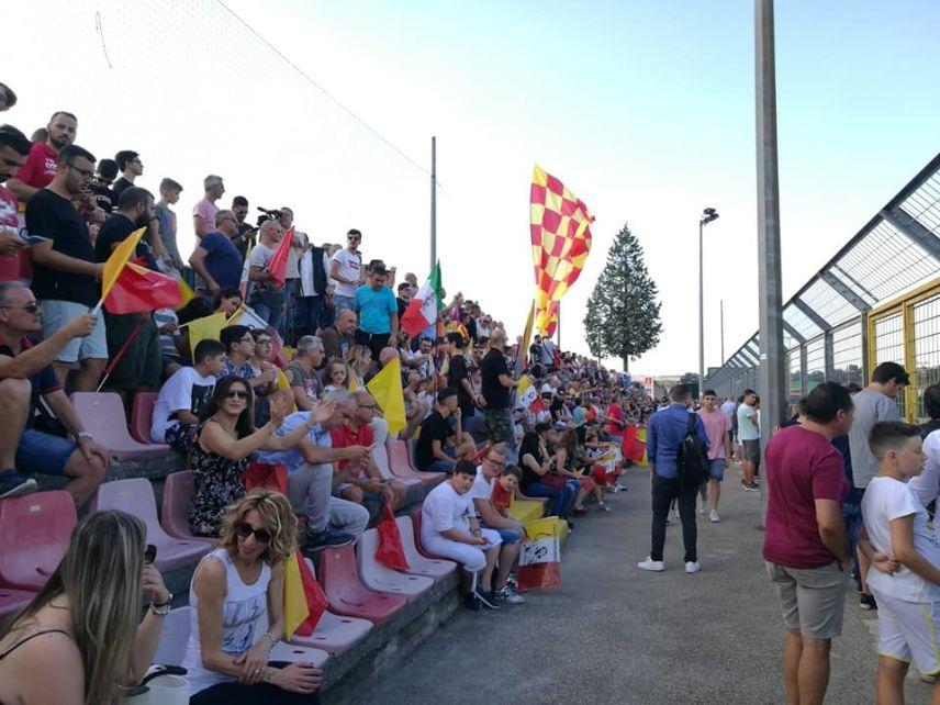 """Lettera aperta sul caso parcheggi al Vigorito: """"Perchè le istituzioni non vogliono bene al Benevento calcio"""""""