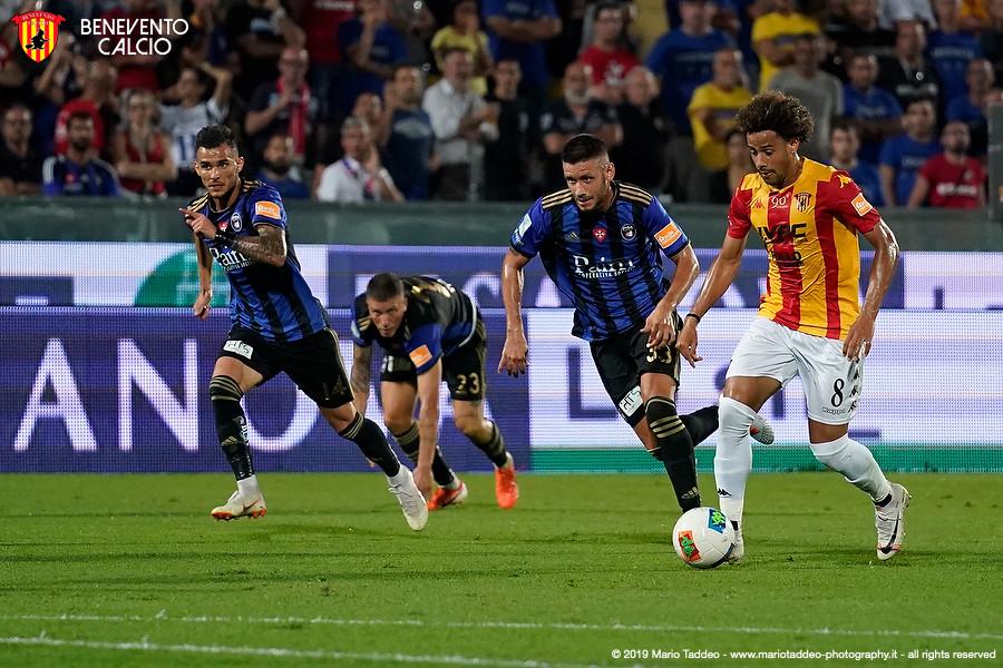 """Il colombiano Tello: """"E'un gol pesante, non segnavo da un anno. Ora ci godiamo la sosta e poi pensiamo al Perugia"""""""