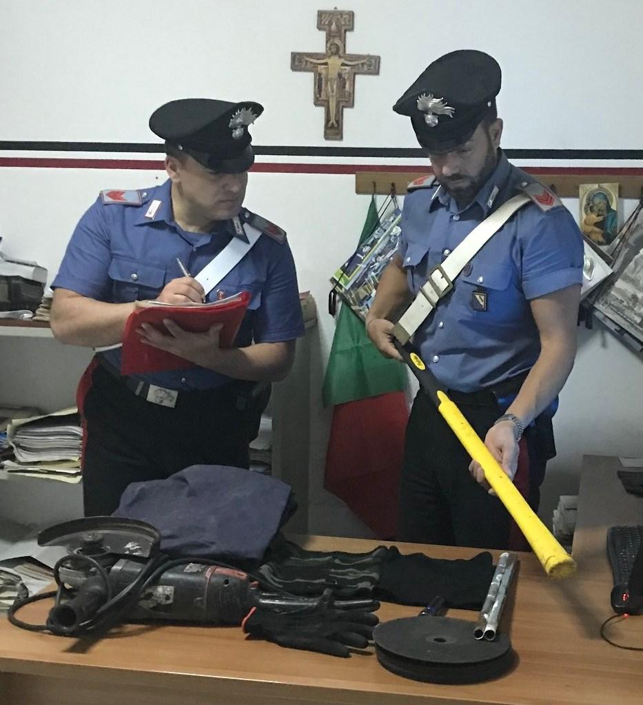 Bloccati dai Carabinieri 4 pregiudicati baresi. Emesso foglio di via