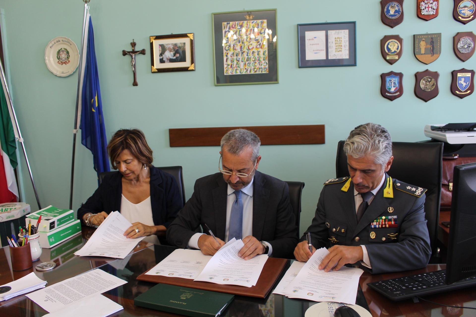 Siglato protocollo d'intesa per rafforzare il coordinamento investigativo tra Autorità giudiziaria e Amministrazione finanziaria locale
