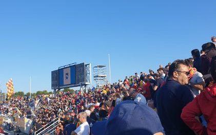 I tifosi giallorossi come sempre i migliori in campo e degni del primato. Malgrado il pesante ko a fine gara hanno cantato a squarciagola