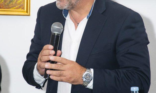 Anche l'Us Acli parteciperà alla gara d'appalto per la gestione del campo sportivo Ocone di Ponte. Pepe ha incontrato il primo cittadino per chiarimenti