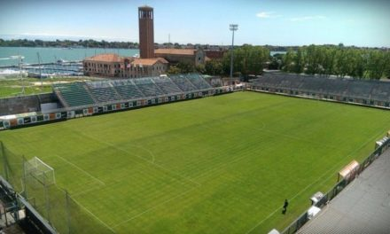 Gli ultras giallorossi prima del match saranno ospitati dai tifosi del Venezia
