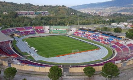 Il Benevento con un gol capolavoro di Insigne espugna Cosenza e blinda la serie A