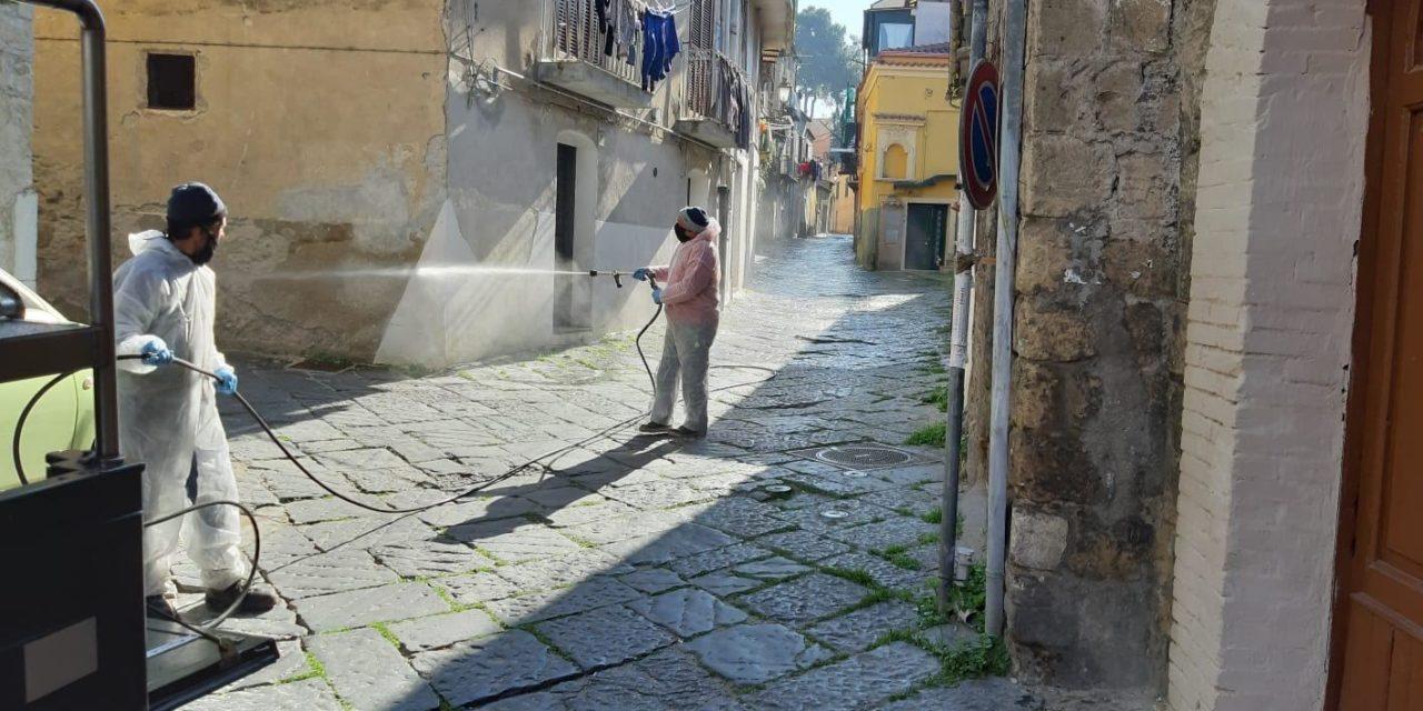 Benevento, prosegue il lavoro di disinfestazione e santificazione  delle vie cittadine