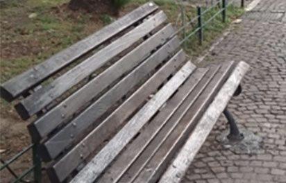 Prevenzione anti contagio: a Benevento una persona per volta sulle panchine cittadine