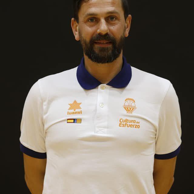 Il tecnico sannita Alessandro Di Pasquale riconfermato nello staff del Valencia Basket