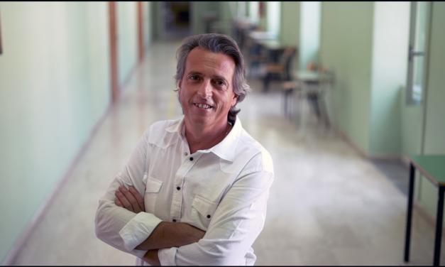 Il docente di Benevento Carlo Mazzone fra i 10 finalisti del Global Teacher Prize 2020