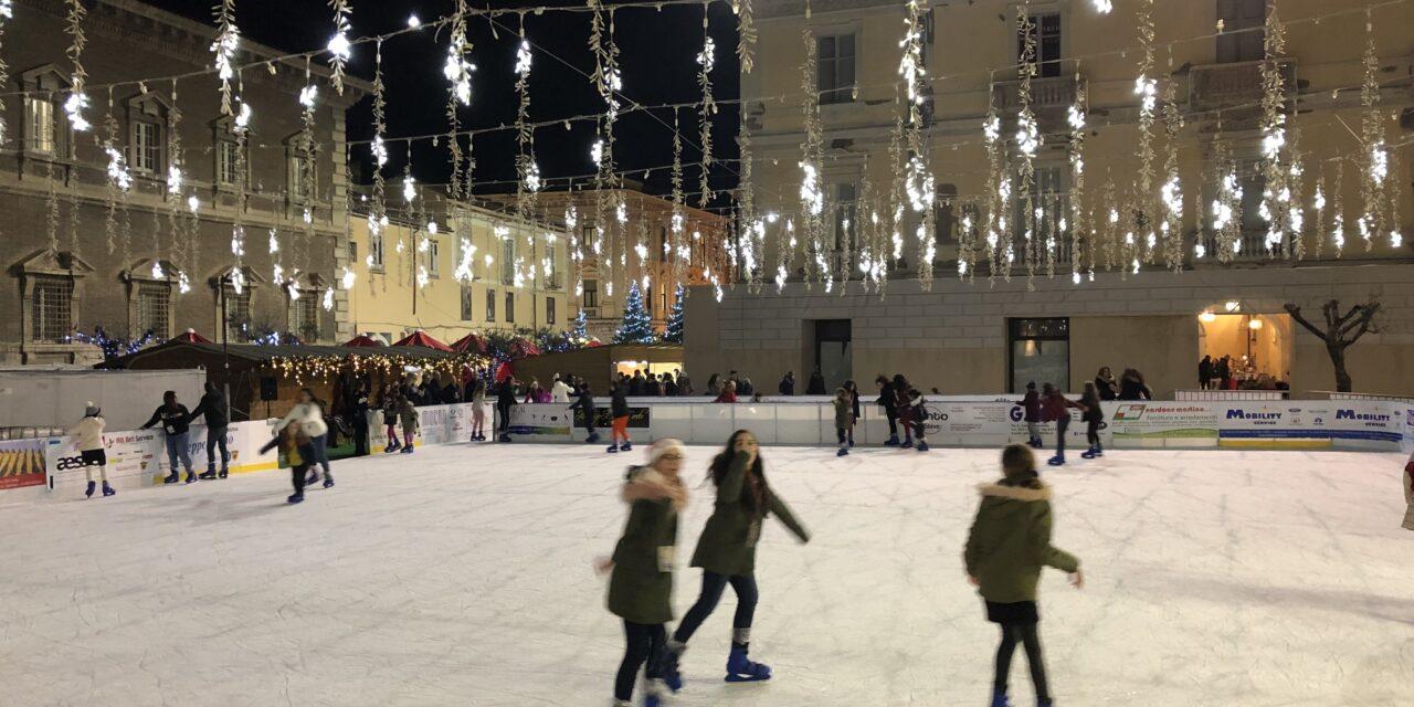 La pandemia interrompe anche la tradizione beneventana della pista di pattinaggio su ghiaccio