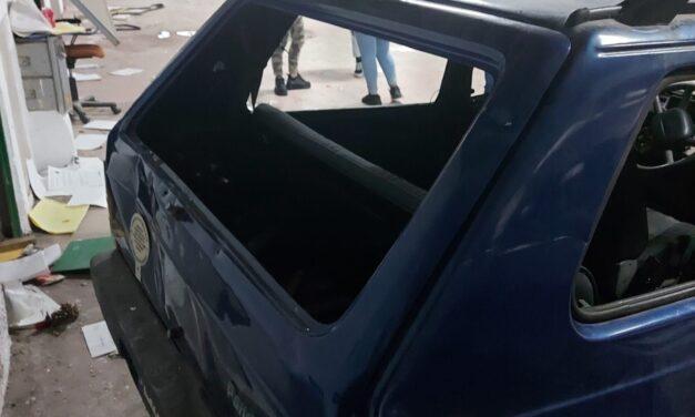 Sette ragazzi colti in flagrante mentre danneggiavano auto al mega parcheggio di Benevento