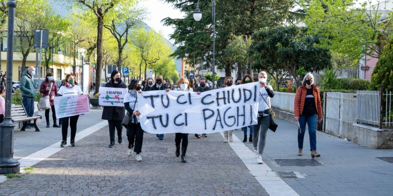 Protesta dei commercianti: l'impegno dell'amministrazione e il ringraziamento ai sindaci partecipanti