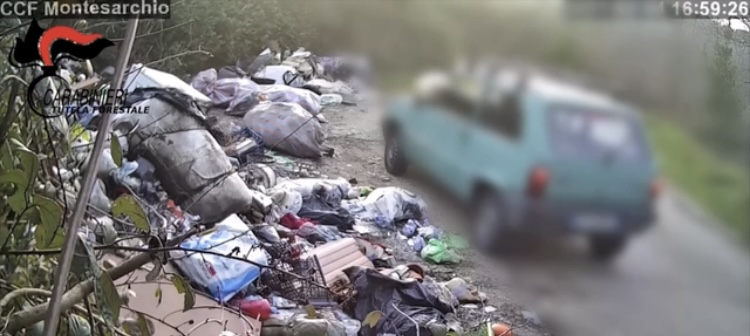 Ceppaloni, 800 kg di rifiuti sversati illecitamente