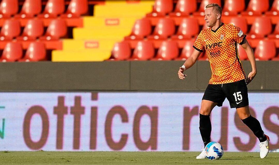Benevento in campo con vista sul Perugia, un turno di stop per Glik